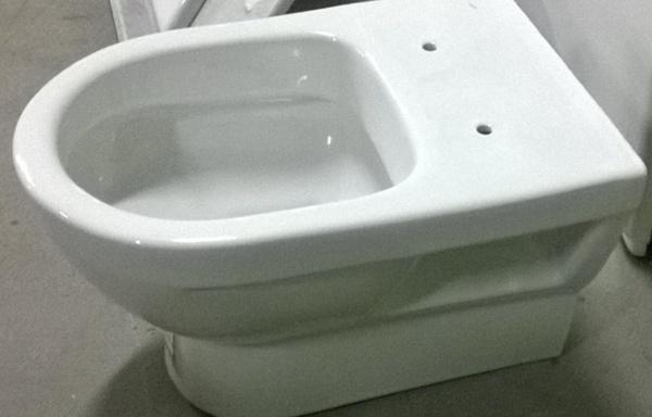 Vaso WC filo muro