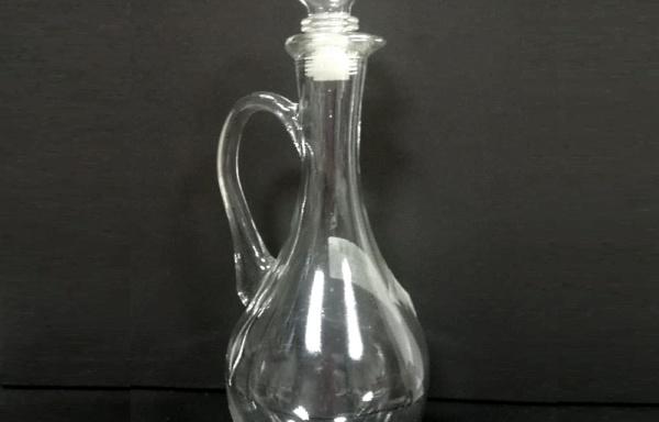 Bottiglia a forma di brocca caraffa