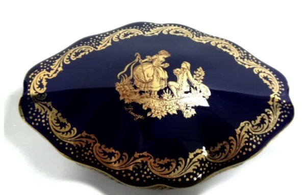Scatolina in porcellana di Limoges