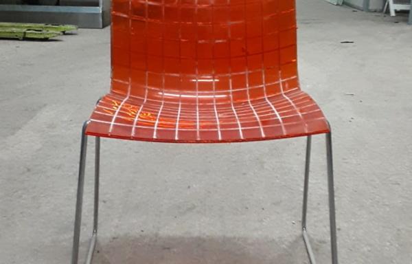 Sedia in policarbonato arancione
