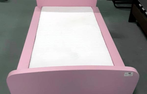Lettino rosa Ikea