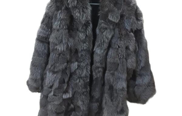 Pelliccia di marmotta grigia
