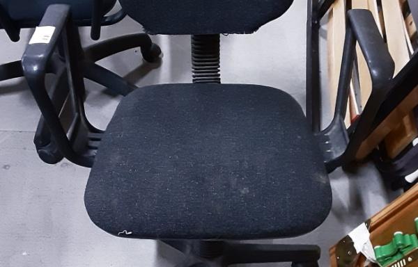 Sedia girevole da scrivania